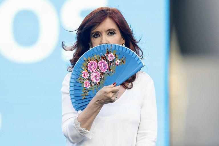 Cristina Kirchner había conseguido un fallo que la autorizaba a cobrar su jubilación de privilegio más la de su marido, el expresidente Néstor Kirchner