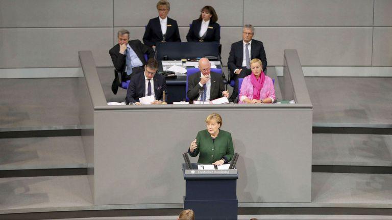 Merkel en el Bundestag