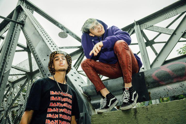 Ca7riel y Paco Amoroso, dos rockeros infiltrados en la escena del trap