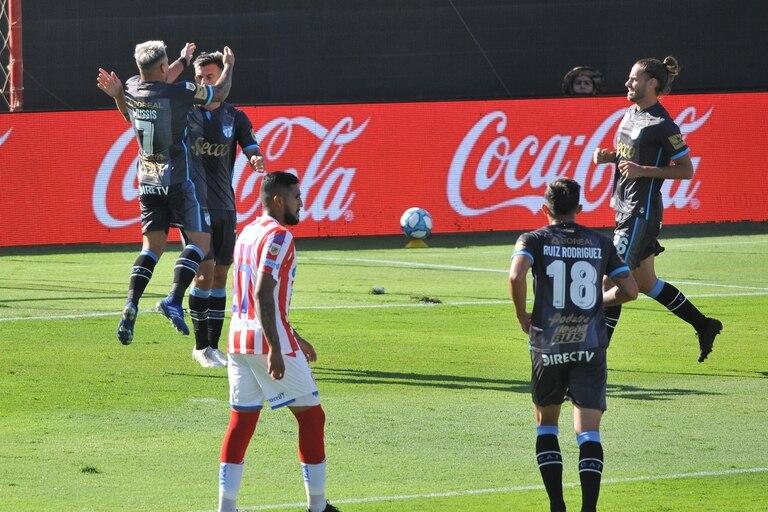 Unión perdió 5-3 con Atlético Tucumán y se conformará con la zona Complementación de la Copa Diego Maradona