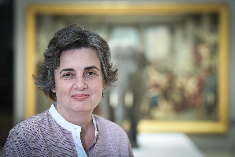 Quién es Laurence des Cars, la primera mujer de la historia en dirigir el Louvre