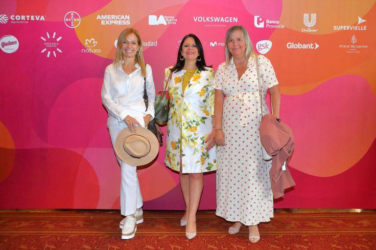 María Poplawski, la broker inmobiliaria Alejandra Covello y Alejandra Martinez (Enel)