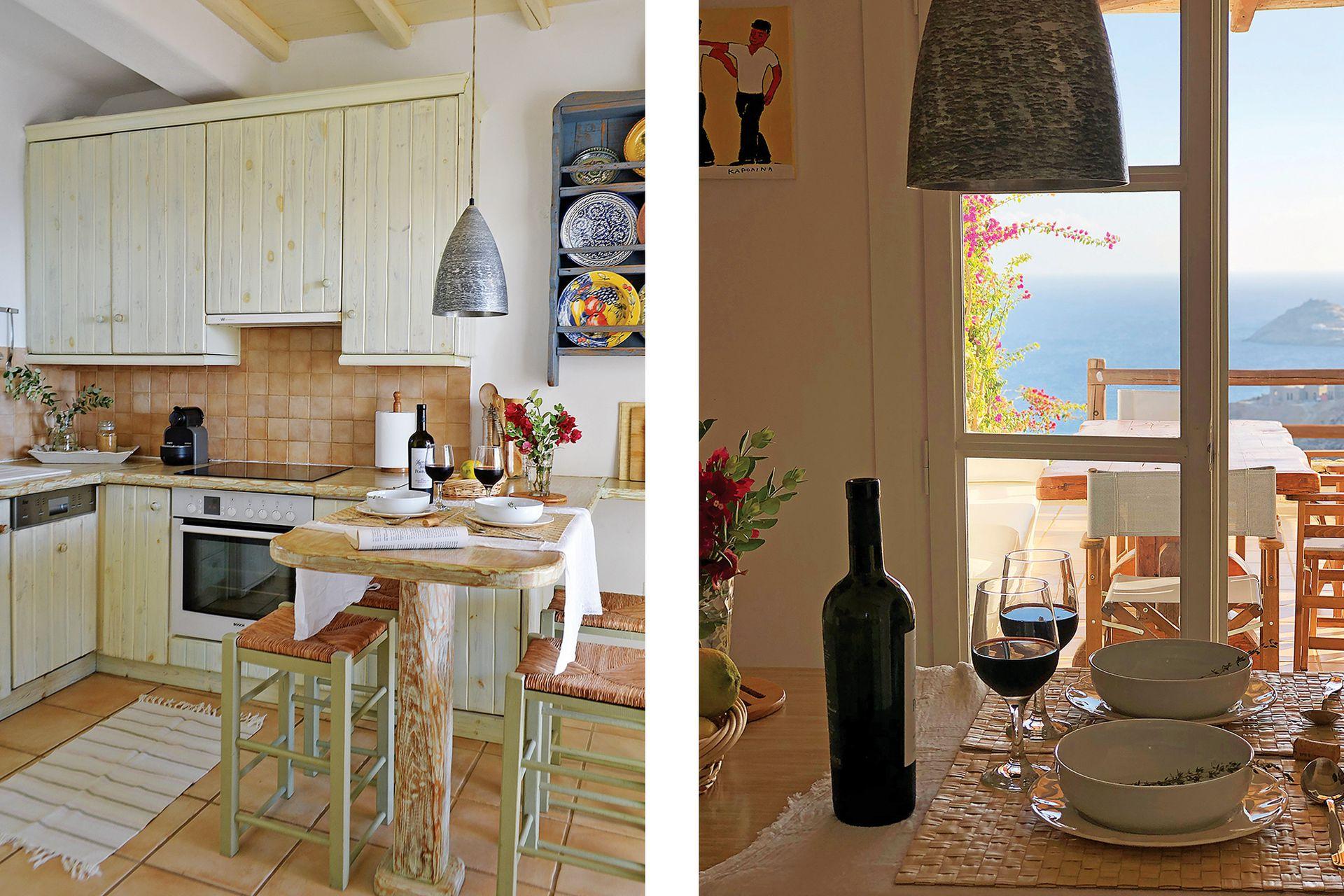 La cocina, en el nivel de entrada, continúa en la terraza.
