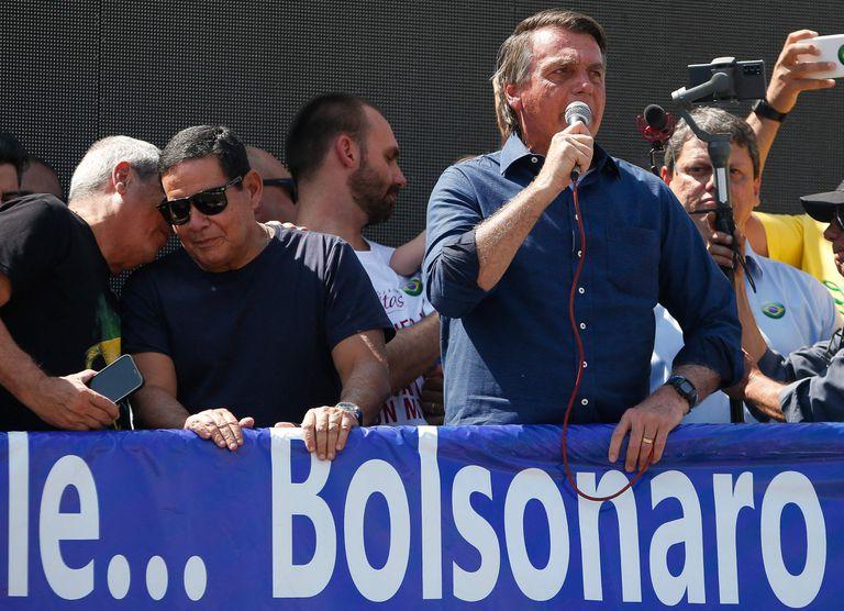 """Jair Bolsonaro amenaza a la Corte con un golpe: """"Solo Dios me sacará"""""""