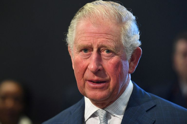 El príncipe Carlos, heredero al trono, tiene coronavirus