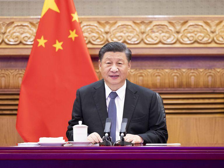 """El gobierno de Xi Jinping sostiene que el objetivo de las nuevas restricciones es abordar el """"crecimiento salvaje"""" de los gigantes tecnológicos"""