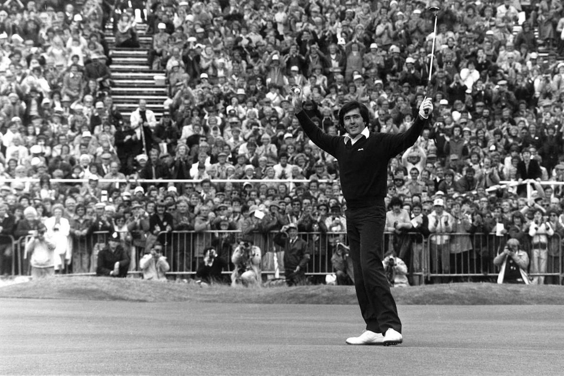 El festejo de 1979, tras ganar su primer torneo grande: el British open