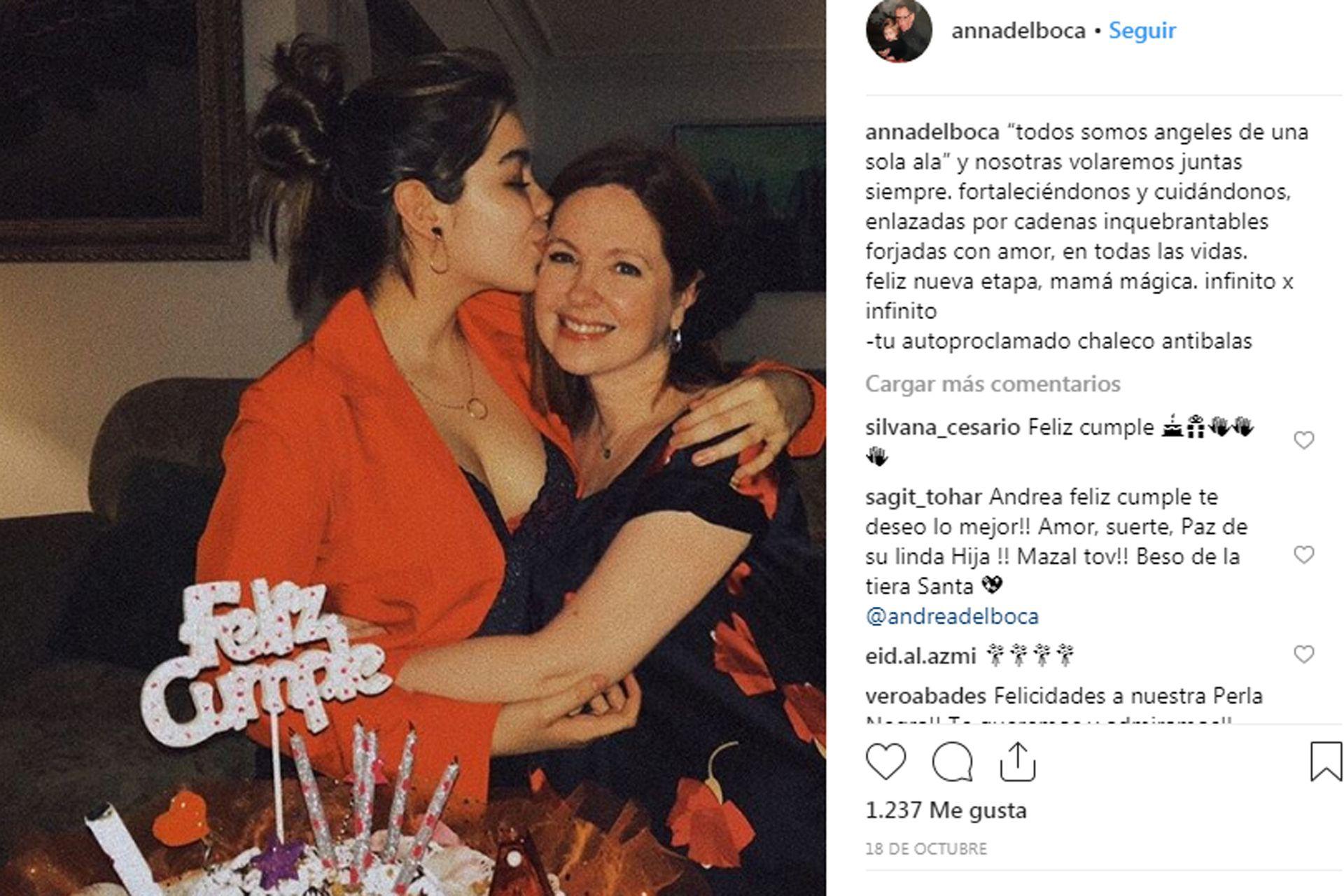 Anna Chiara junto a su mamá, en uno de sus posteos en Instagram