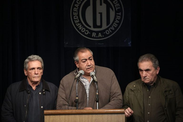 """La CGT postergó su renovación de autoridades y negocia con los """"duros"""""""