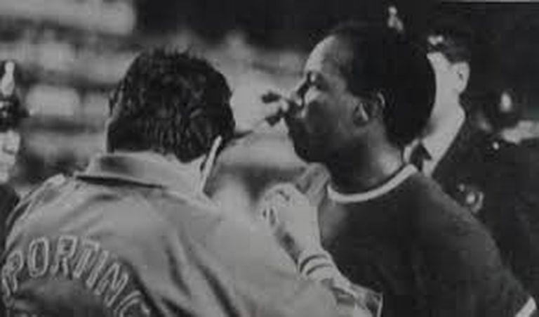 Eloy Campos sufrió una fractura del tabique nasal, por una patada de Jorge Coch.
