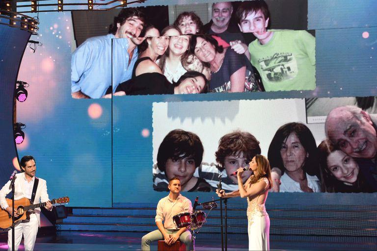 Laura Novoa cantó en homenaje a su papá