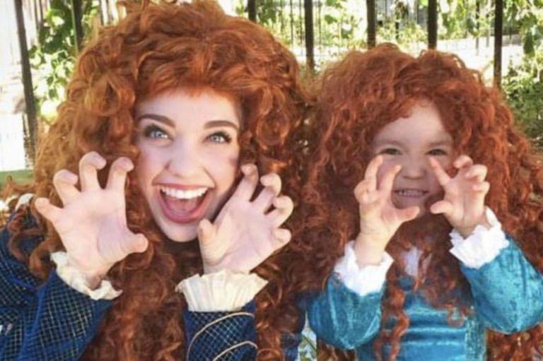 Ver a mamás e hijas vestidas de princesas inspiró a Mooney.