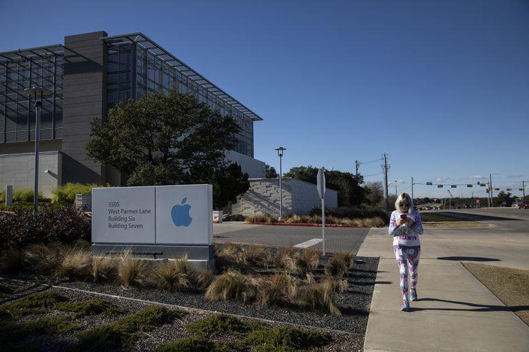 Apple dijo que construiría un campus de 1000 millones de dólares en Austin, por lo que expandiría su presencia en la ciudad contratando a más de 11.000 trabajadores y convirtiéndose en el empleador privado más grande de la zona