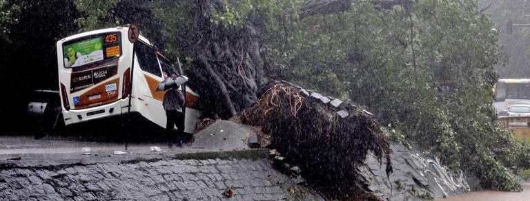 En fotos, el desastre en Río de Janeiro después de las graves inundaciones