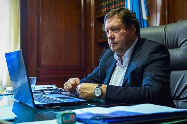 """""""La RAM plantea un desconocimiento del Estado argentino"""", advirtió el senador Weretilneck"""