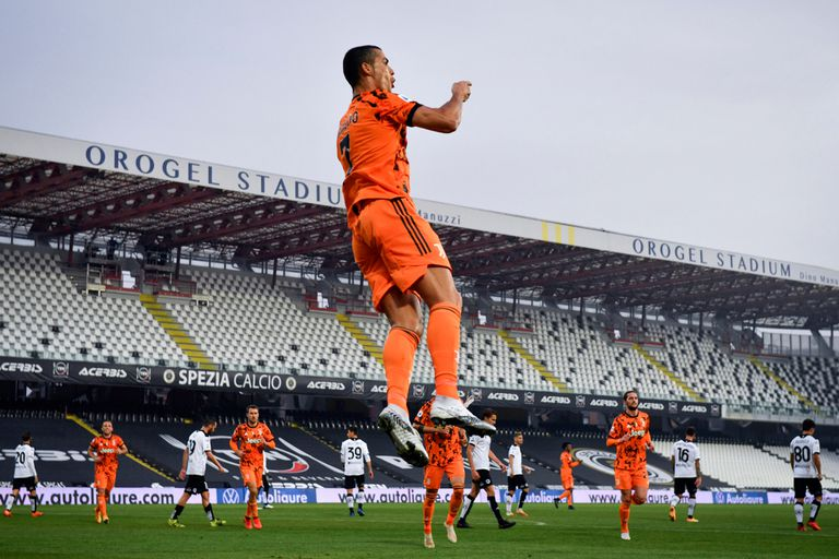 Cristiano recargado. Superó el Covid, volvió y al minuto festejó Juventus