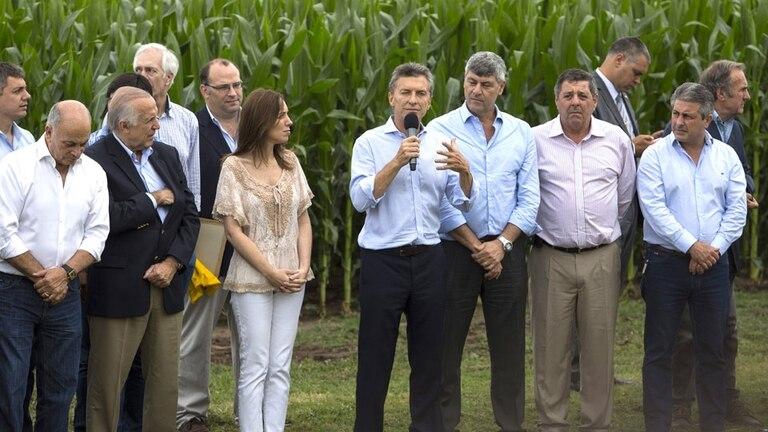 Mauricio Macri oficializó el fin de las trabas al campo para exportar