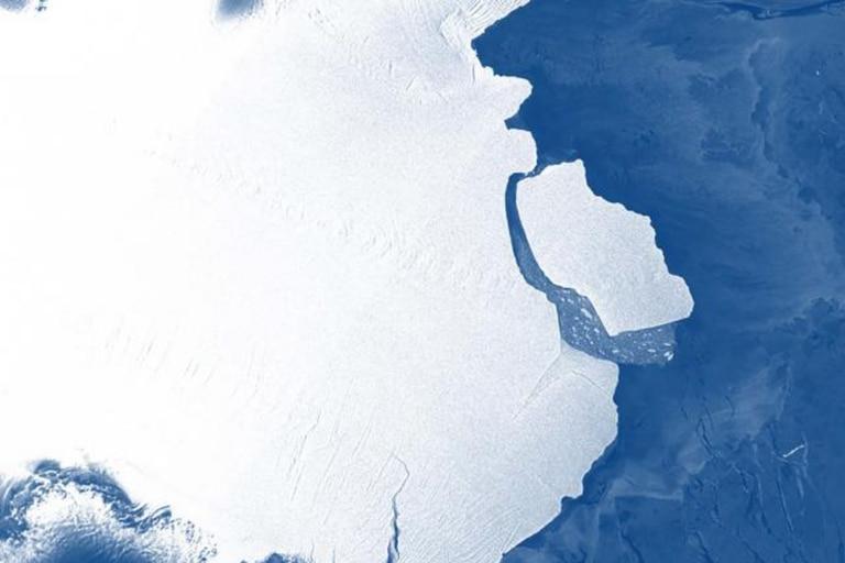 Alerta científica: el iceberg más grande del mundo se desprendió de la Antártida