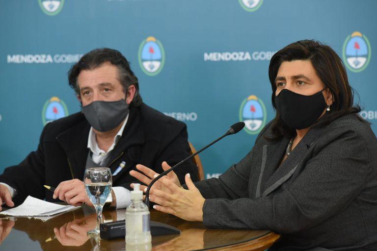 Los ministros de Gobierno y Turismo dieron a conocer los alcances de las nuevas medidas de restricciones.