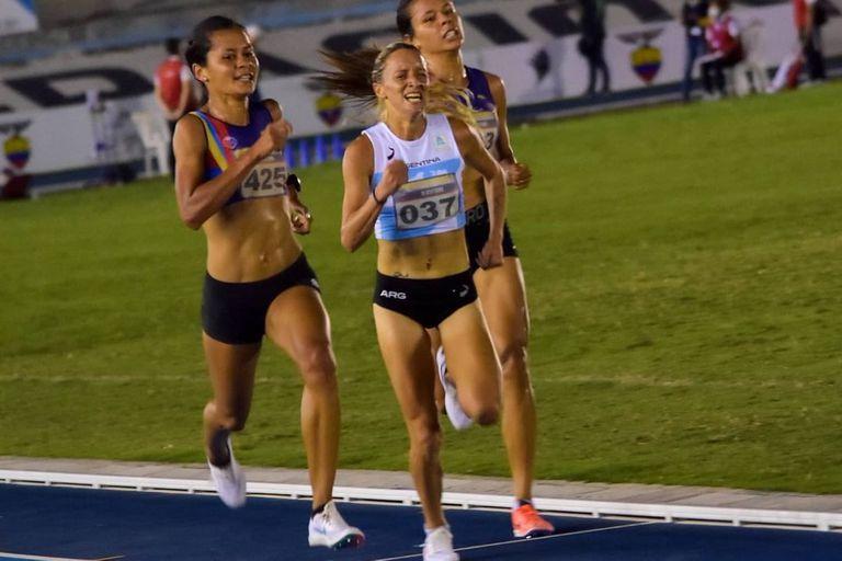 Florencia Borelli obtuvo la medalla plateada en 5000 metros.