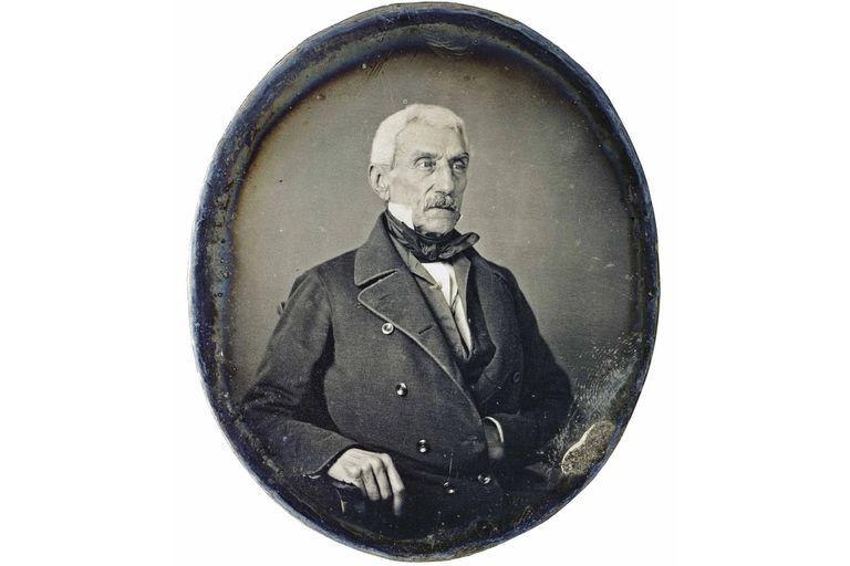 Un daguerrotipo retrató a José de San Martín en 1848, a los 70 años, dos años antes de su muerte,