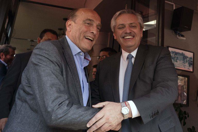 Alberto Fernández apoyó en Uruguay al candidato del Frente Amplio
