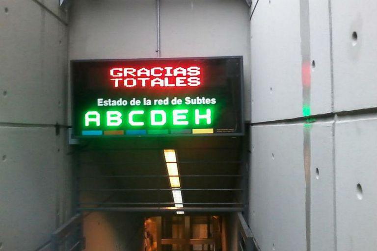 El mensaje en homenaje a Gustavo Cerati en la estación Echeverría del subte B