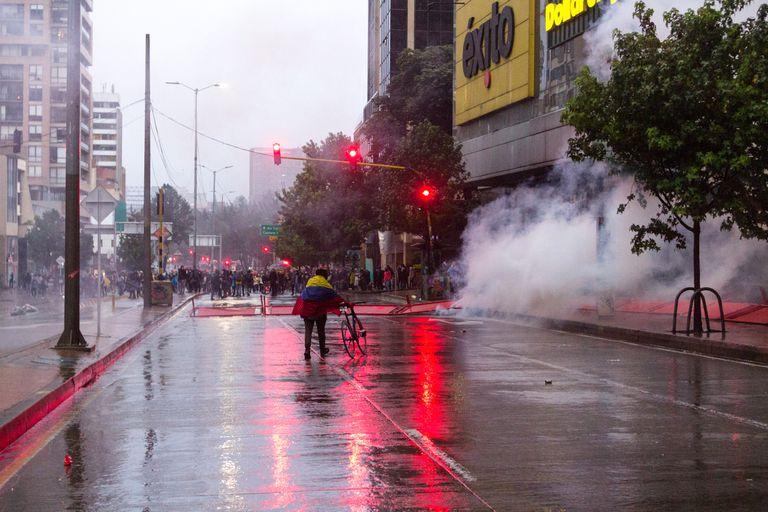 El presidente Duque ordenó una militarización de las ciudades colombianas y una represión de las protestas ciudadanas