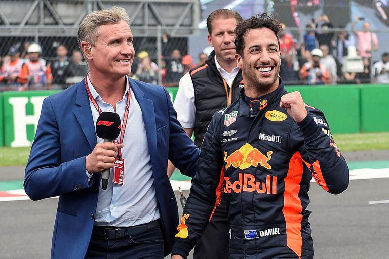 Daniel Ricciardo, segundos después de llevar el Red Bull a la primera posición de largada, entrevistado por David Coulthard