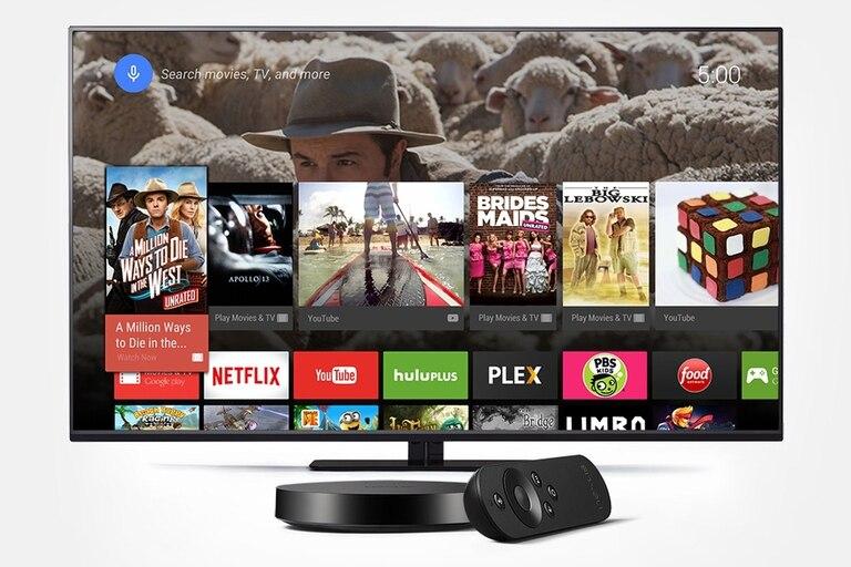 El Nexus Player incluye un control remoto y un gamepad para videojuegos