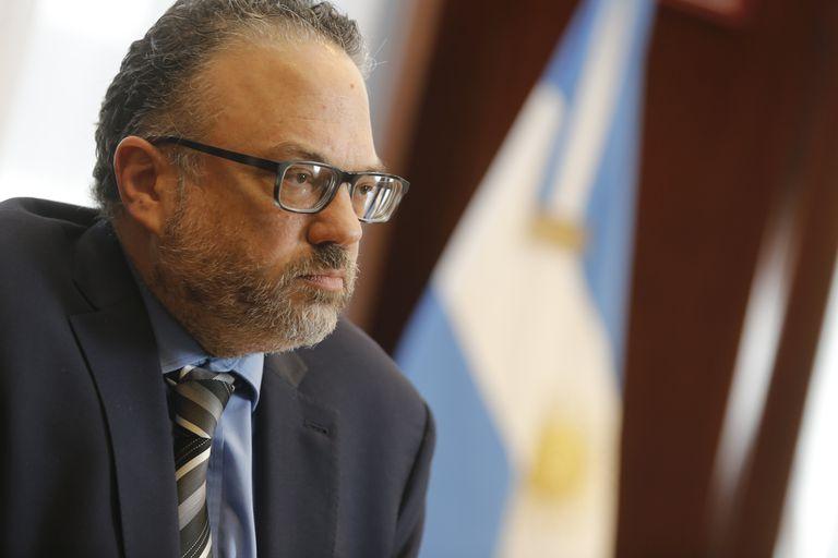 """""""Vergüenza"""": fuerte crítica de un experto ganadero al ministro Kulfas por el cepo a la carne"""