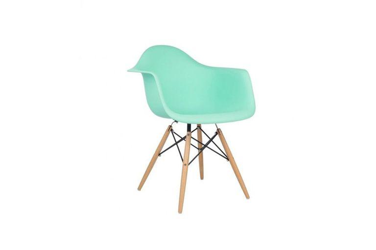 Sillón Eames, Kikely, $2200