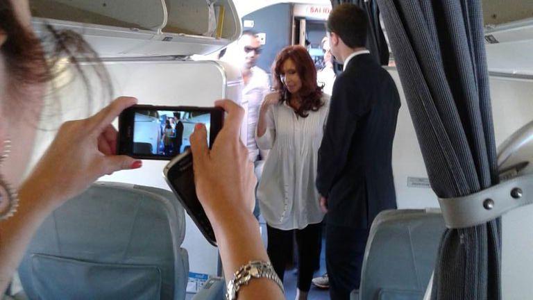 Cristina, en un vuelo de Aerolíneas Argentinas