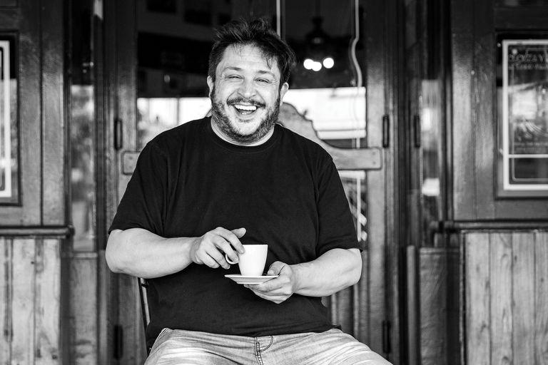"""Hernán Casciari: """"Escribir es una forma de luchar contra el olvido"""""""