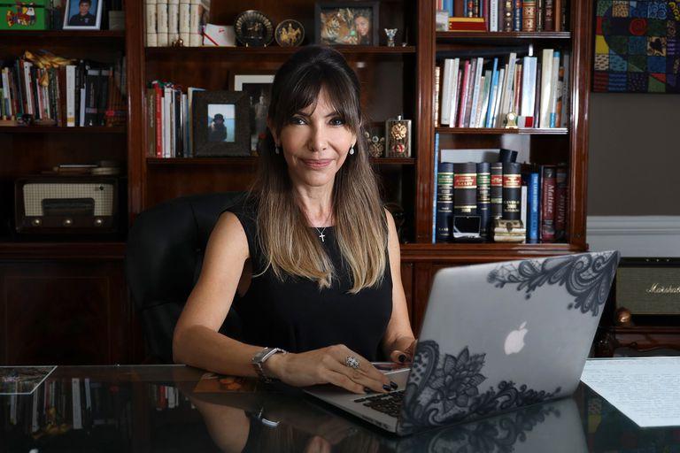 Lanzó una app gratuita que ofrece abogados especializados en todo el mundo