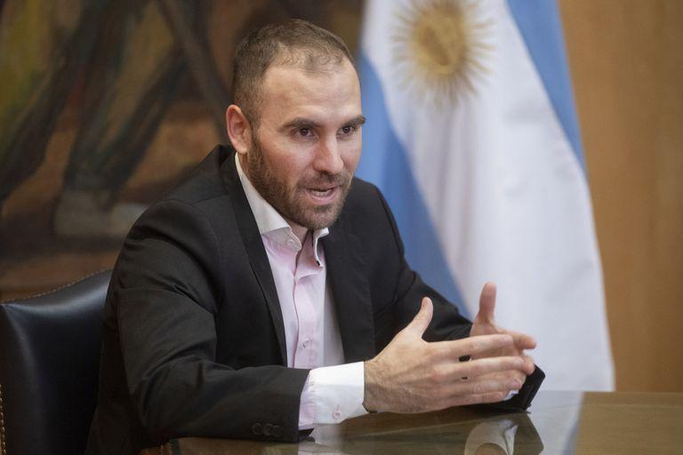El ministro de Economía, Martín Guzmán, aseguró que no habrá más IFE y los economistas prevén que van a tener que implementar nuevos tipos de ayudas sociales