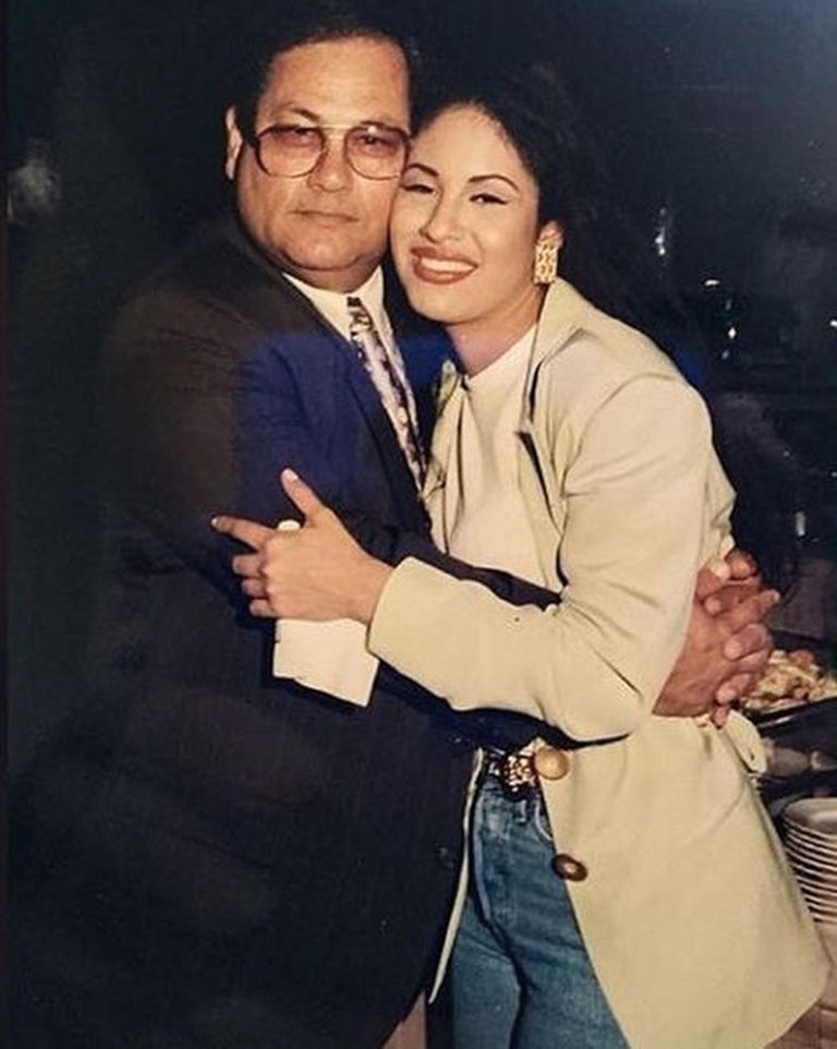 El padre de Selena, Abraham Quintanilla, quedó como albacea de la fortuna