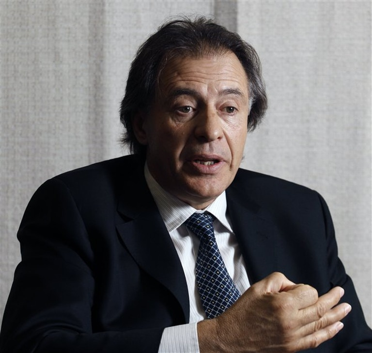 López negó haber apostado a la devaluación