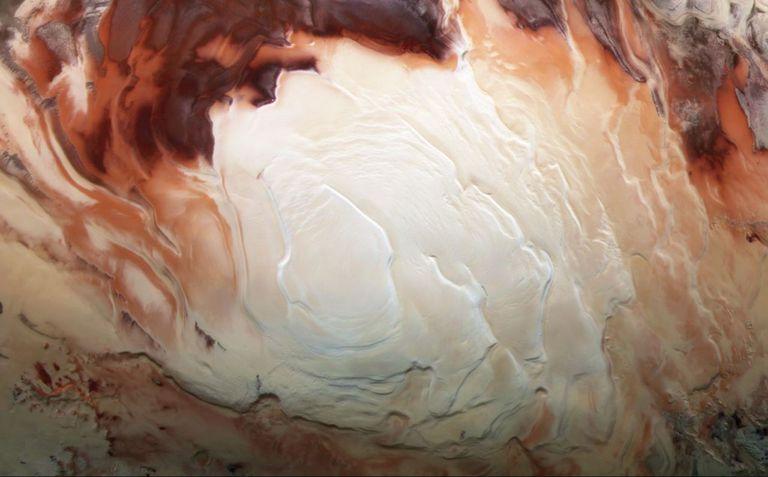 24-06-2021 La región blanca brillante de esta imagen muestra el casquete helado que cubre el polo sur de Marte. POLITICA INVESTIGACIÓN Y TECNOLOGÍA ESA/DLR/FU BERLIN/BILL DUNFORD