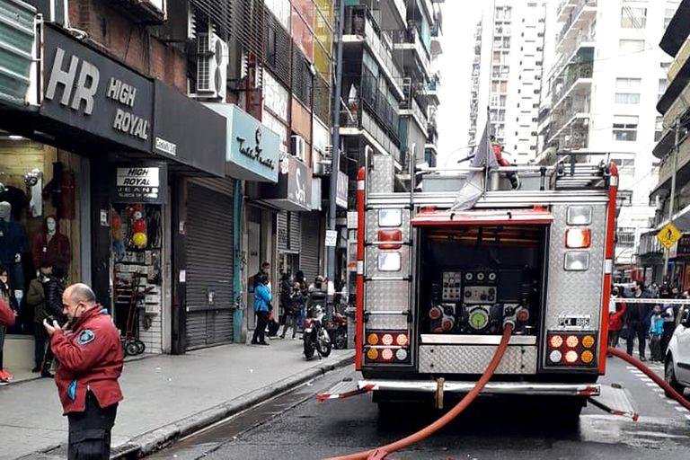 Incendio en un edificio en Once: un muerto