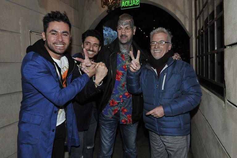 El elenco de El Marginal 3 se reunió para ver el último episodio en un bar ambientado en la cárcel de Alcatraz