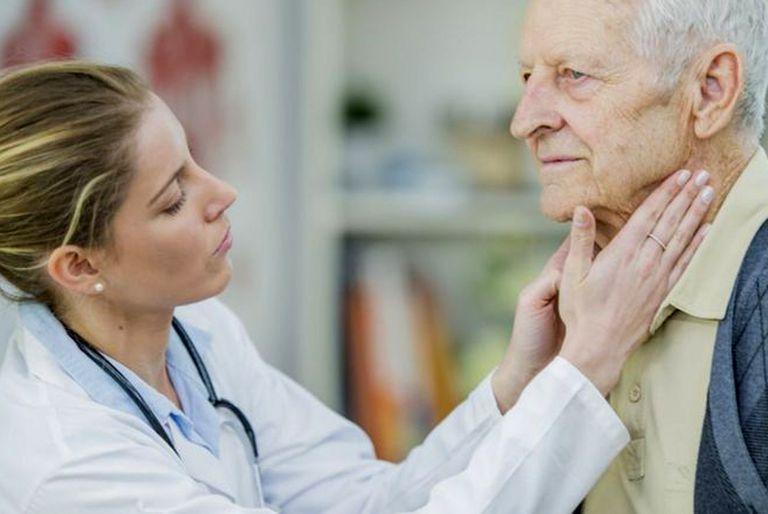 El linfoma de Hodgkin se propaga de manera ordenada de un grupo de ganglios linfáticos a otros