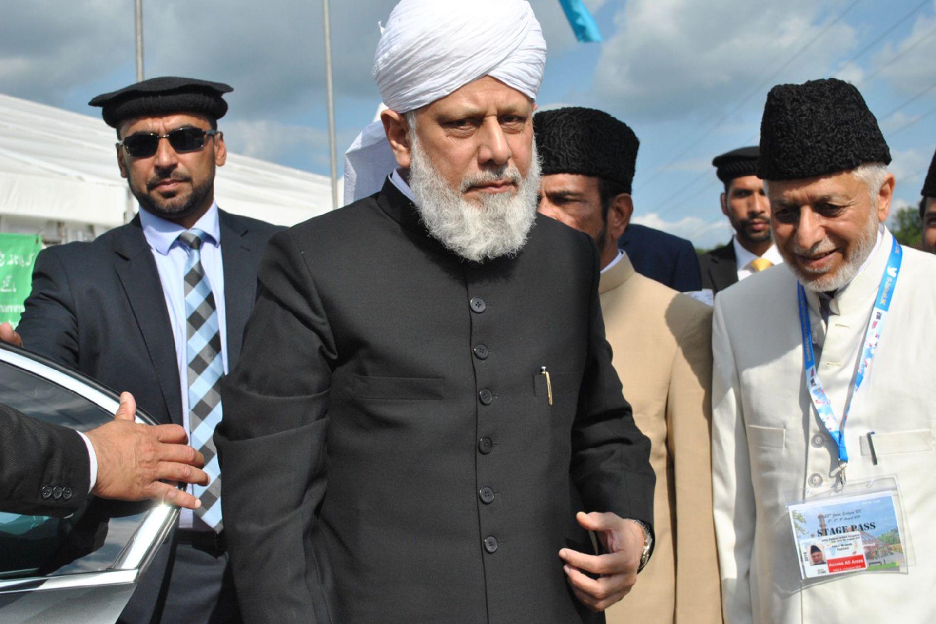 Hazrat Mirza Masroor Ahmad es el califa para los ahmadis