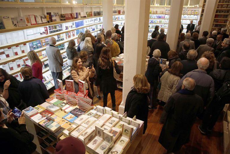 Vista de la librería de Eudeba en la avenida Rivadavia 1573, que reabrió sus puertas la semana anterior. Foto: Fabián Marelli