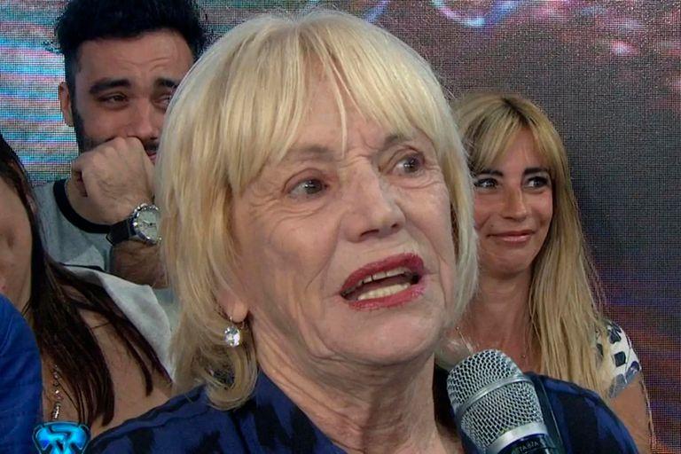 Yanina Latorre contó que su mamá, Dora, armó un escándalo porque no quisieron darle prioridad en la cola de un supermercado