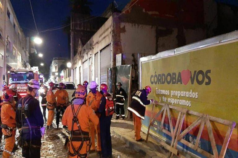 Susto en San Telmo: se derrumbó parte de un edificio en construcción