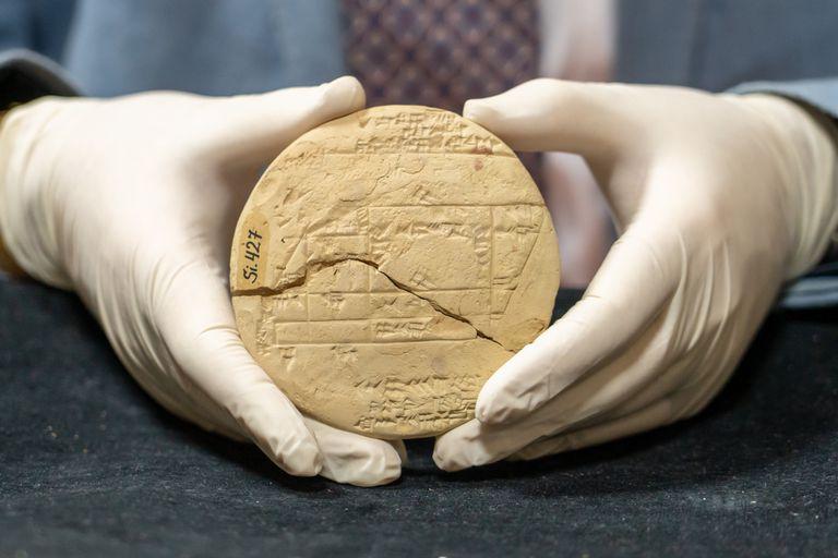 Un científico descubrió el ejemplo más antiguo de geometría aplicada que se encuentra impreso en una antigua tabla de arcilla babilónica de 3700 años de antigüedad