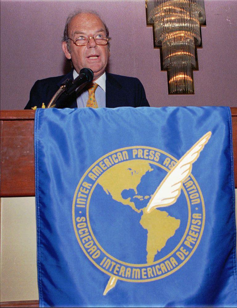 Bartolomé Mitre en una disertación en la Sociedad Interamericana de Prensa (SIP) en Panamá (1997)