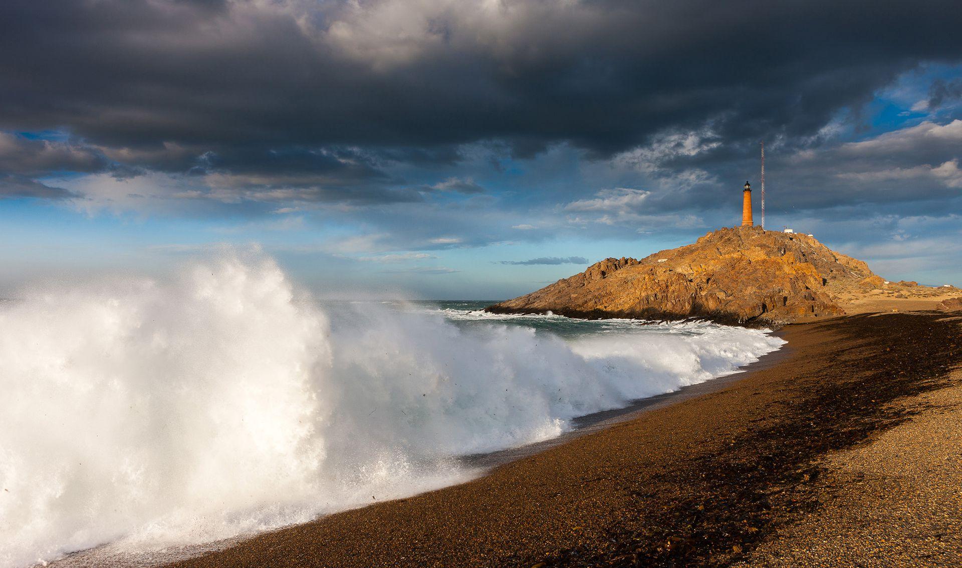 Faro de Cabo Blanco, Santa Cruz.