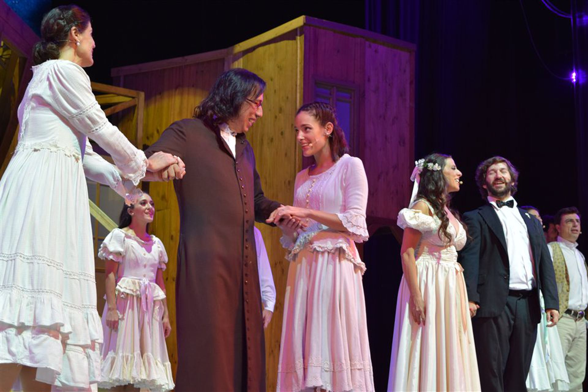 Juan Durán, Sabrina Artaza, Déborah Turza y Juan Bautista Carreras, en la última versión, en el teatro Ópera